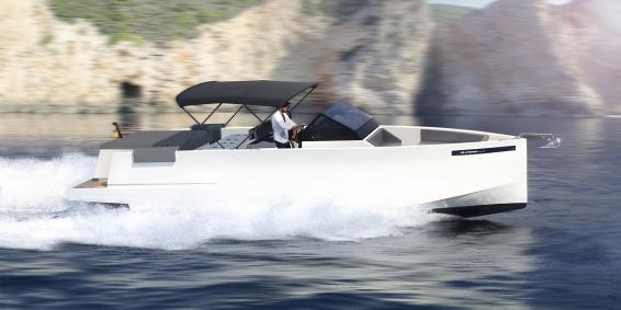 De Antonio Yachts  De Antonio D33
